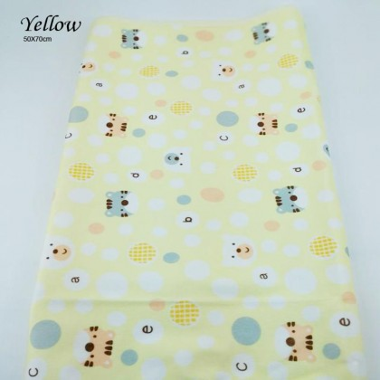 Ready Stock! Baby Changing Pads Water-Proof Thick Layer Breathable Washable Reusable Bed Sheet Adult Bedspread (Random Design) ; BABYMART.MY baby changing mat, changing mat, diaper changing mat, changing tent, baby changing pad, changing pad